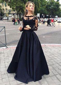 Schwarzes kleid mit spitze lang