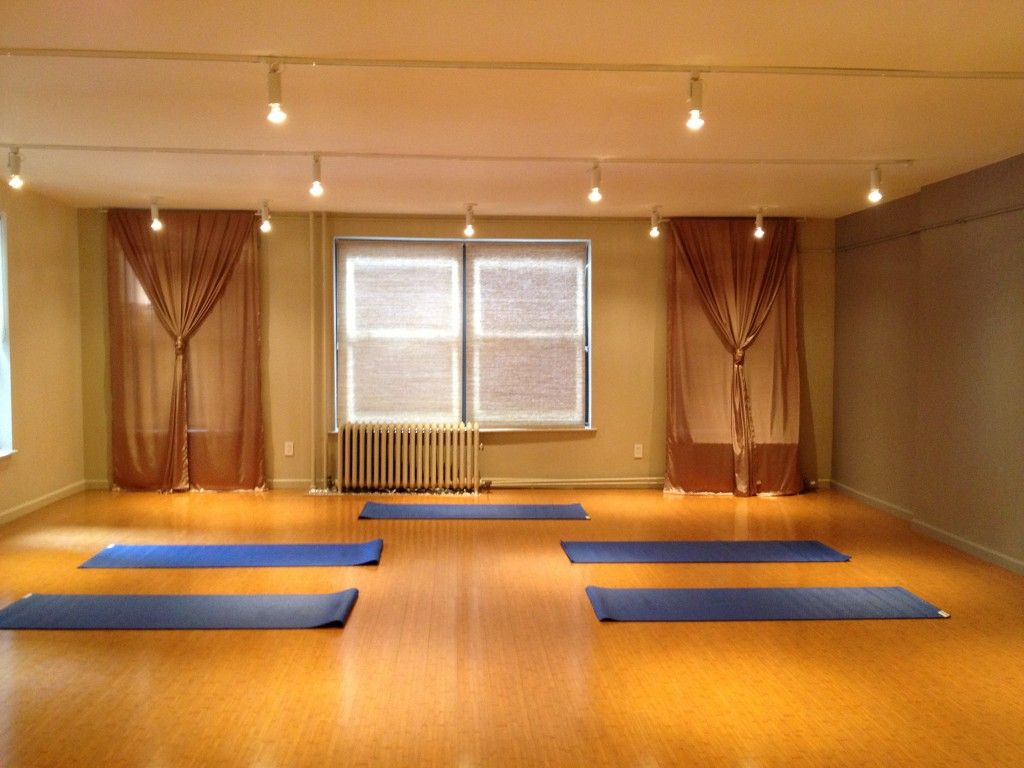 Simple Design Ideas For Home Yoga Studios