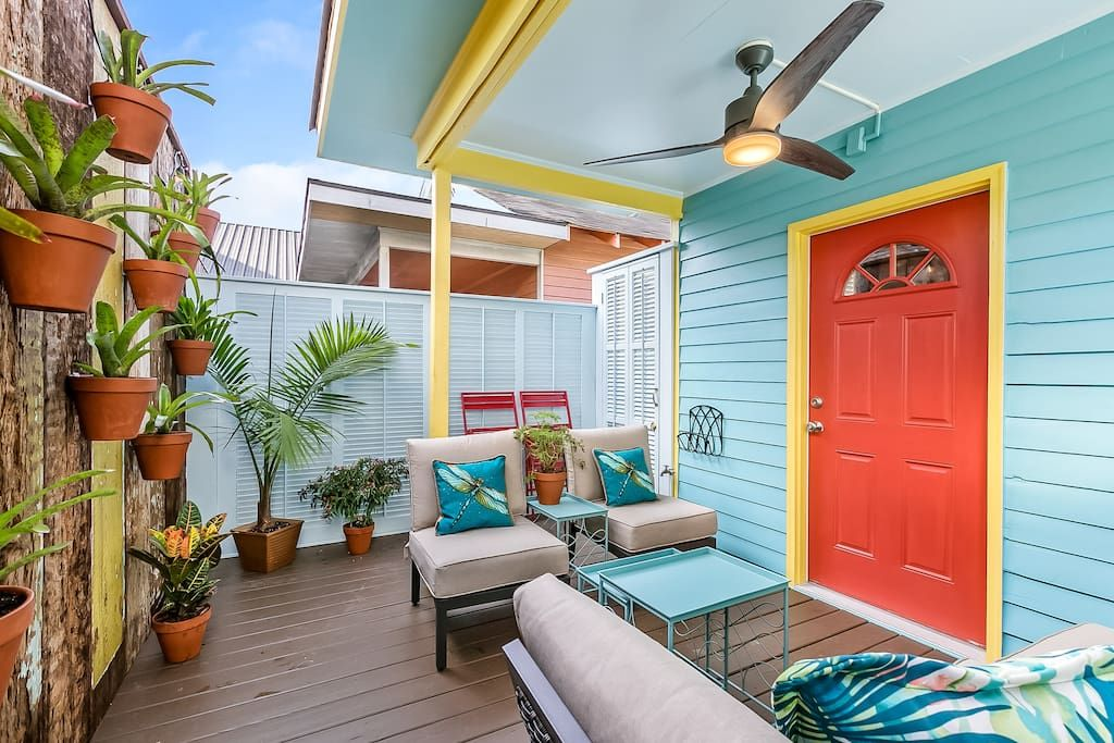 Whimsy And Elegance In Lower Garden District Apartments For Rent