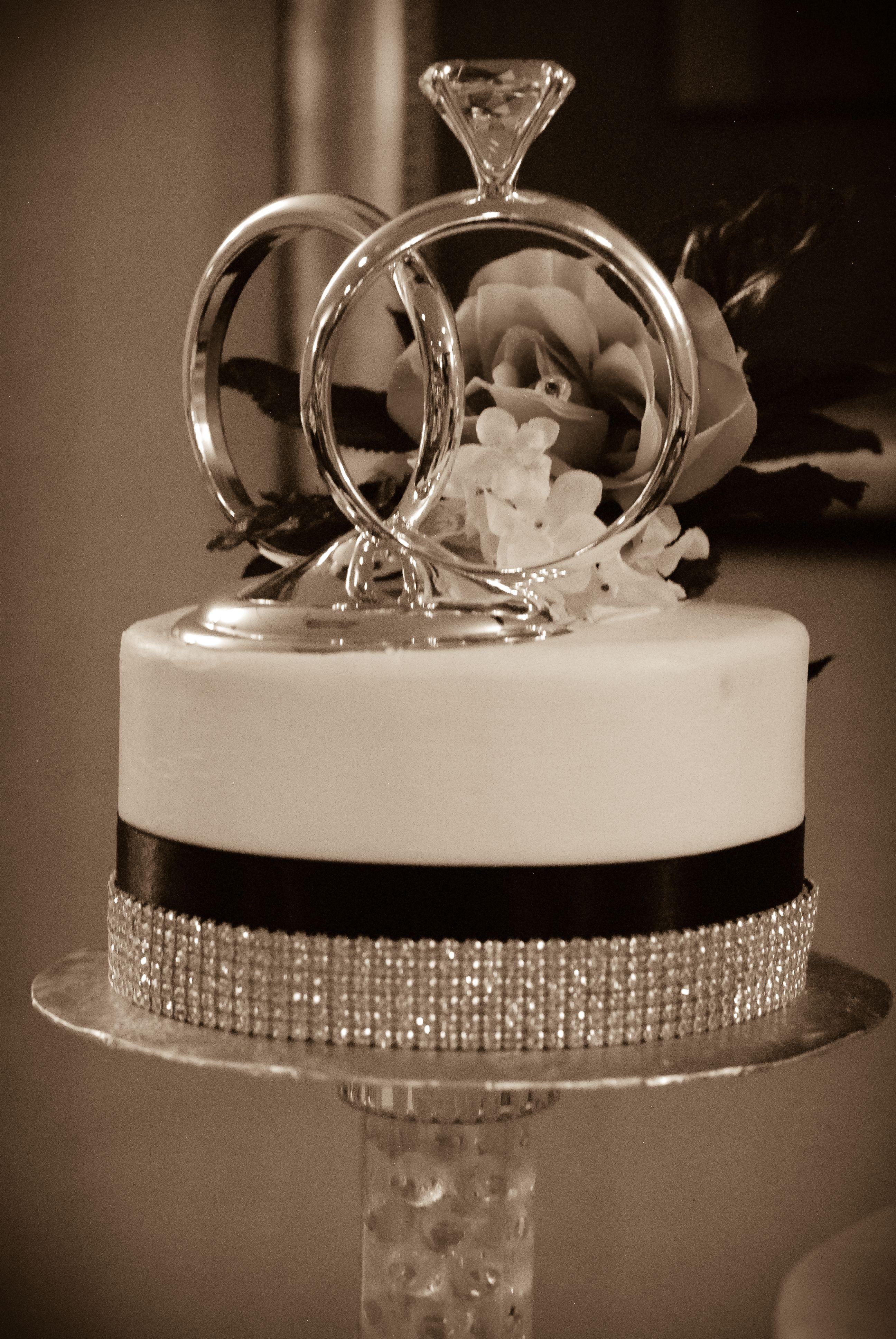Diamond Rings Wedding Cake Topper: Cake Topper Wedding Silver Diamond Ring At Websimilar.org