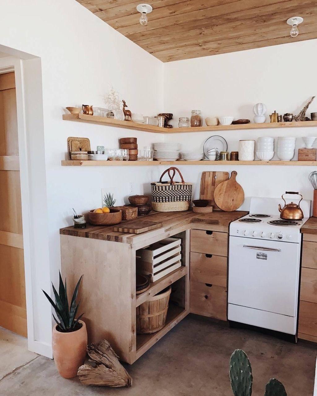 Wood kitchen Californian boho style  Cuisine minuscule, Cuisines