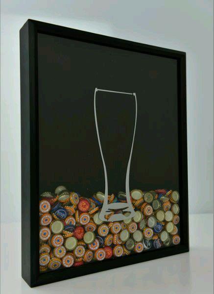 Una forma de coleccionar fichas y decorar un espacio - Decorar un bar de tapas ...