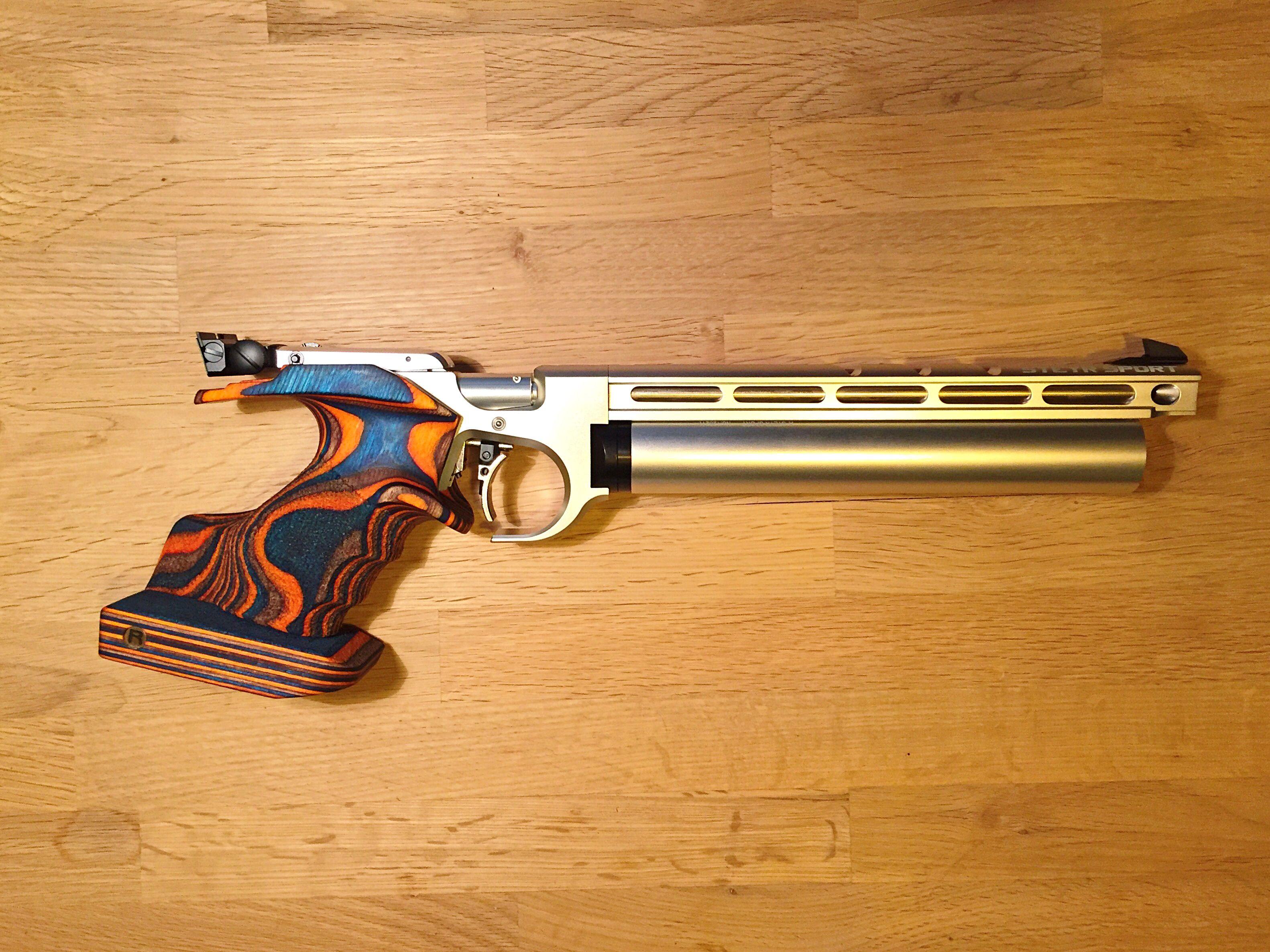 Pin by gary farnsworth on airguns | Guns, Air rifle, Steyr