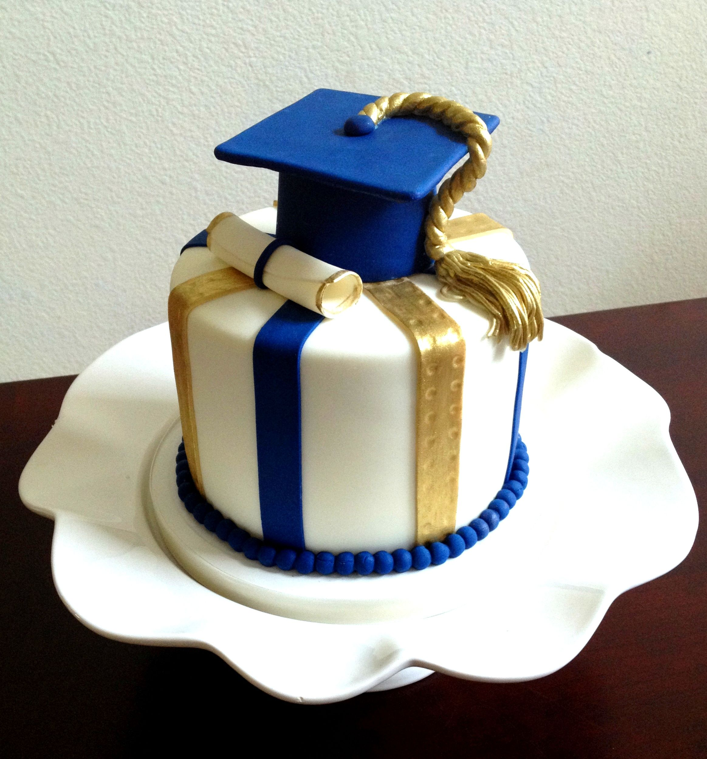 Gradation Cake By Cake Couture Uc Davis Blue And Gold With