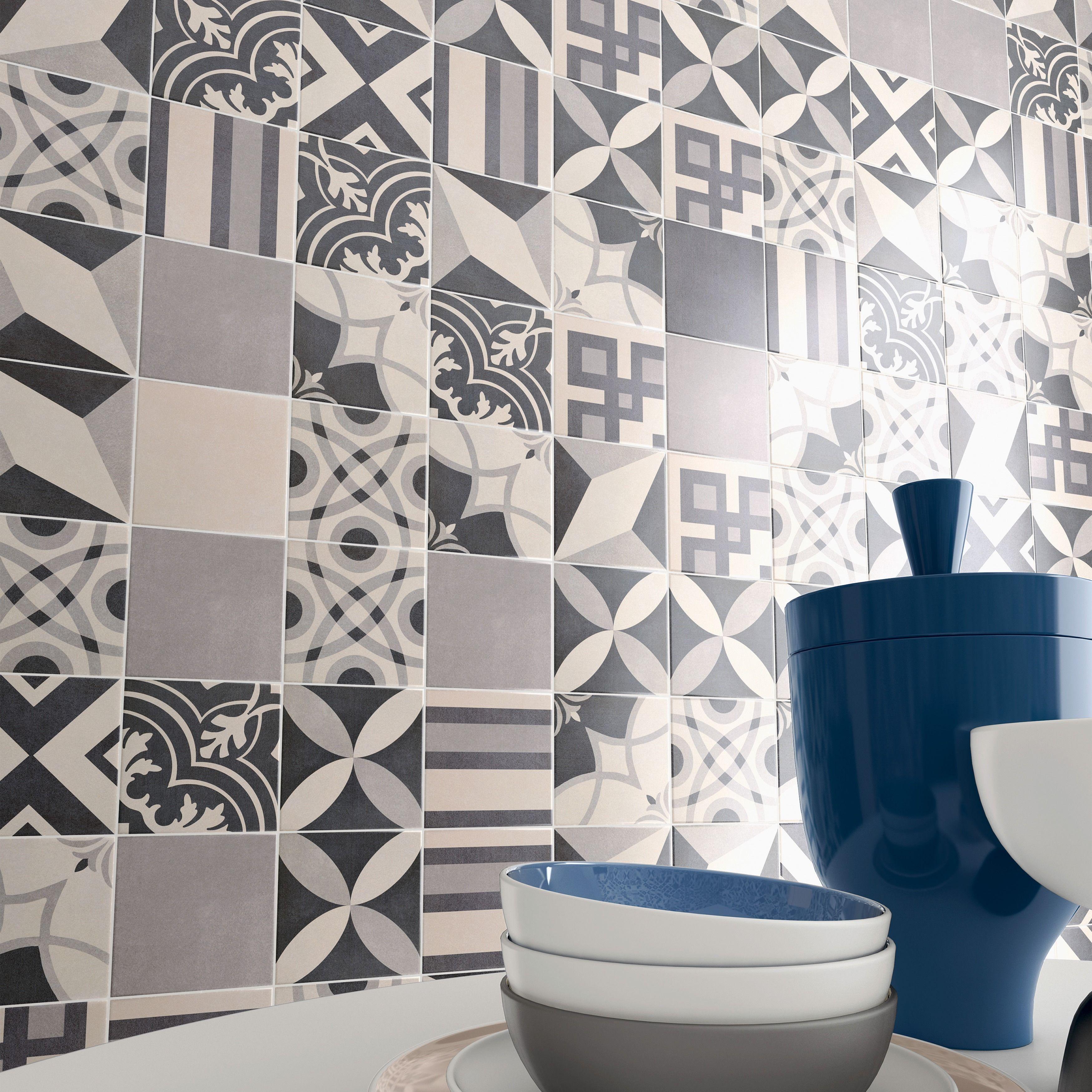 Somertile 7 75x7 75 Inch Thirties Petal Ceramic Floor And Wall Tile 25 Tiles 11 Sqft Ceramic Floor Patchwork Tiles Flooring