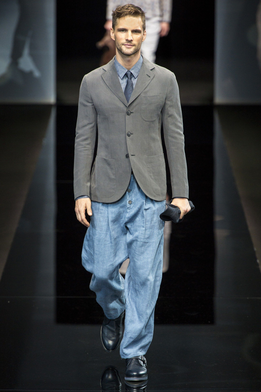 Giorgio Armani Spring 2017 Menswear Fashion Show | Giorgio armani ...