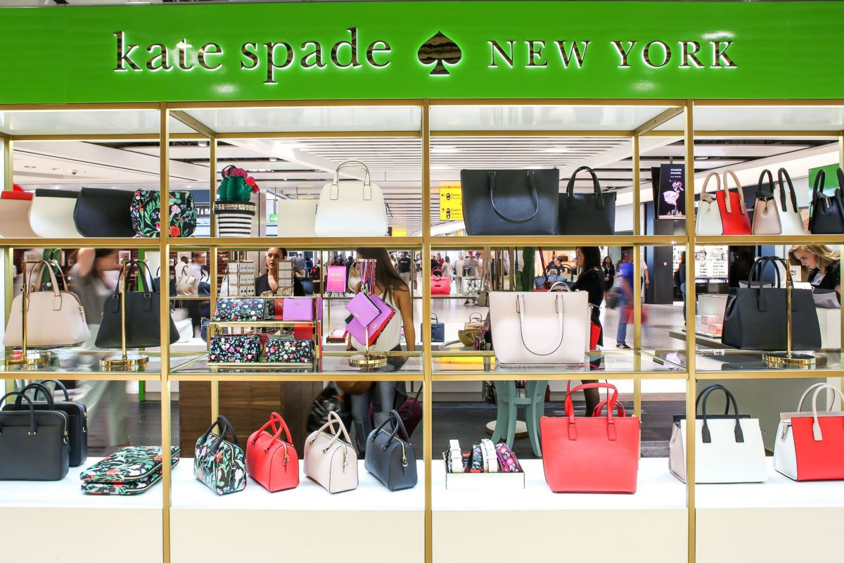 Kate Spade Opens First Uk Travel Retail Store At Heathrow Airport Global Travel Shopping Guide Travel Retail Travel Accessories For Men Heathrow