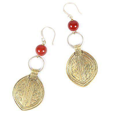 Boucles d'oreilles mariée berbère - Des boucles d'oreilles qui marient motifs et pierre en toute subtilité - 29,95 €