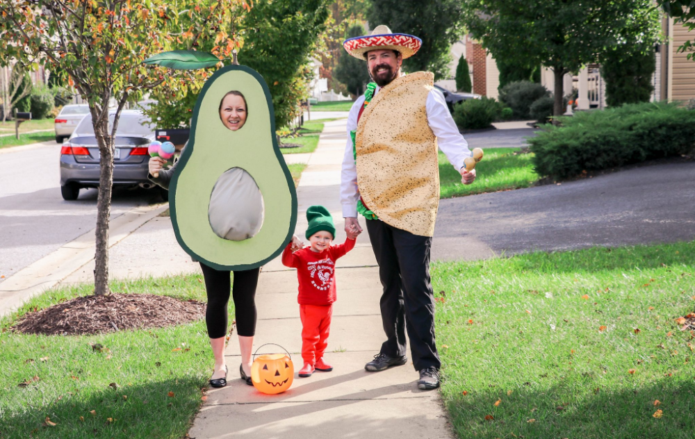 DIY: Avocado Maternity Halloween Costume - Saving Amy