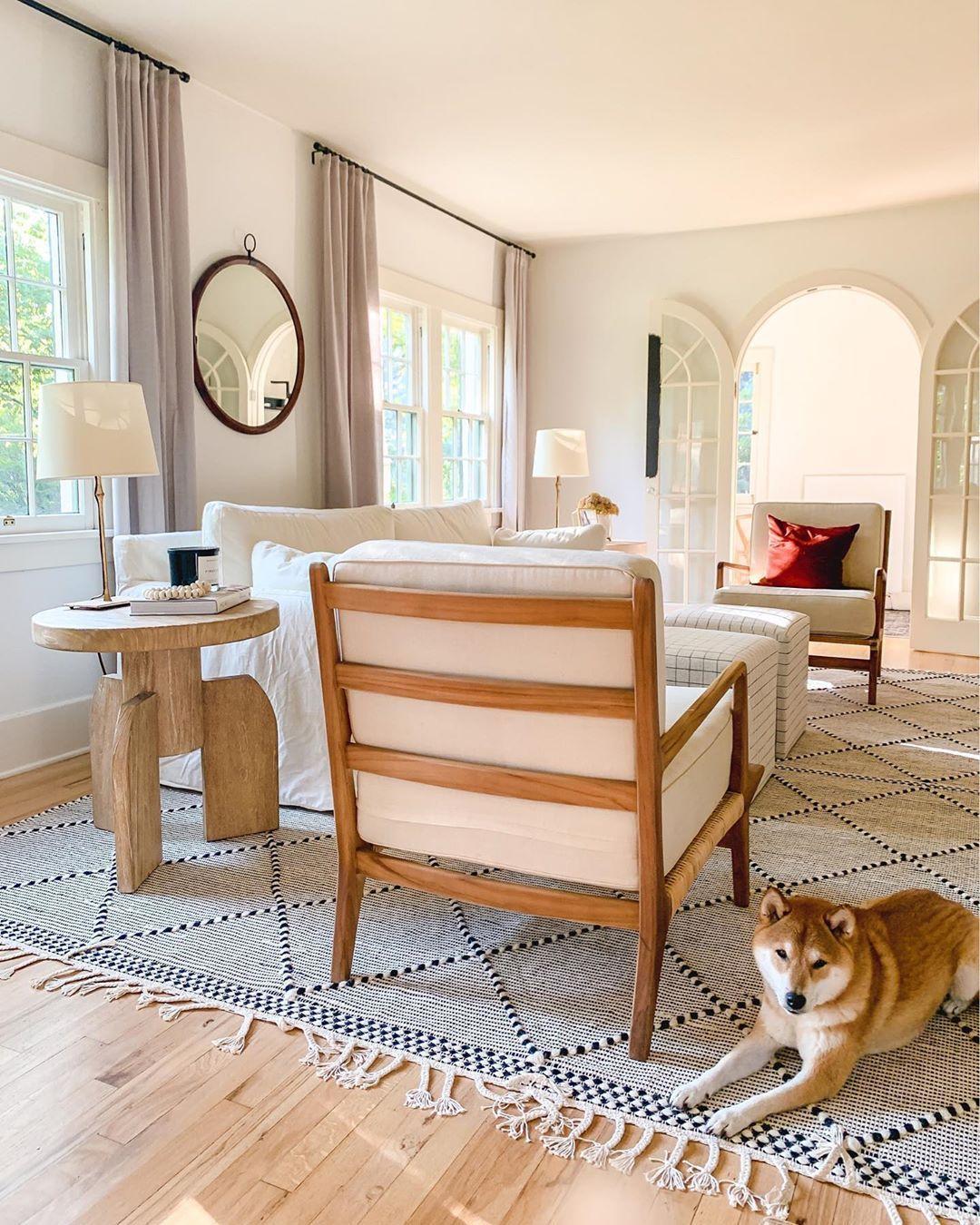 light-filled living room, living room inspiration, living room decor ideas #livingroominspiration #interiors #homedecor