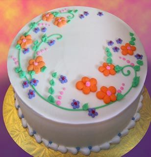 Simple Round Cakes from Alpha Delights | Green Bay Area, Wisconsin -   19 round cake decor ideas