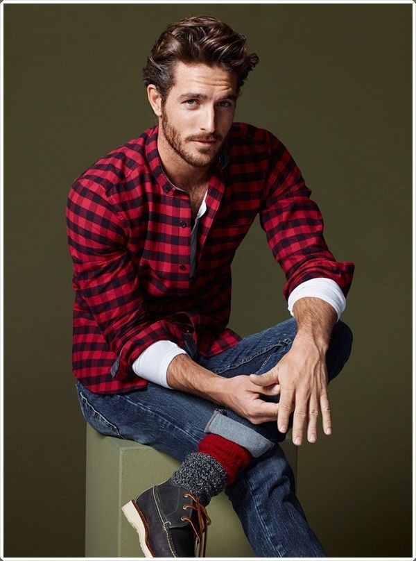 382119bbb2d38 40 Basic And Bold Plaid Shirt Outfits For Men