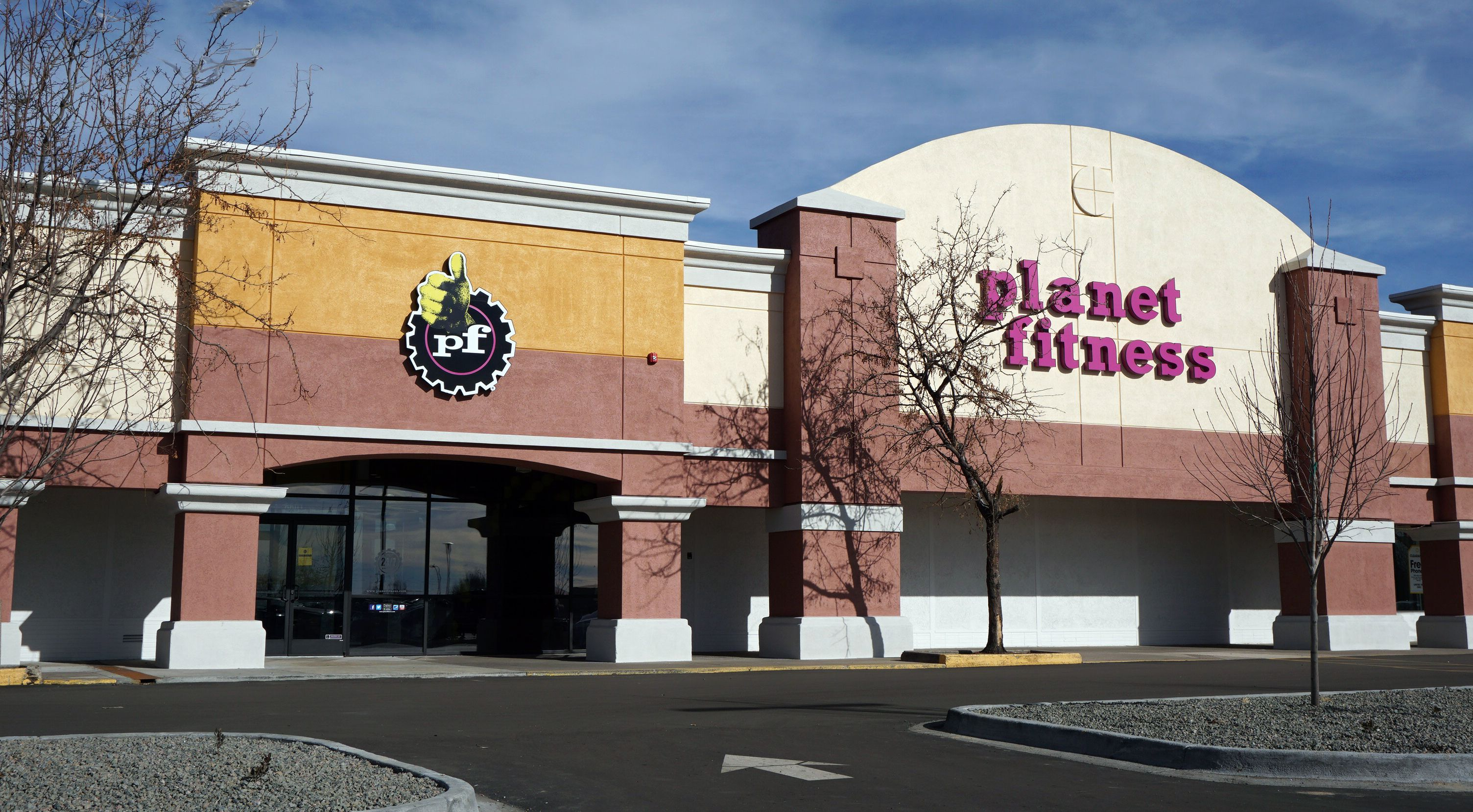 Planet Fitness Proud Home Of The Judgement Free Zone Planet Fitness Workout Planets Planet Fitness Gym