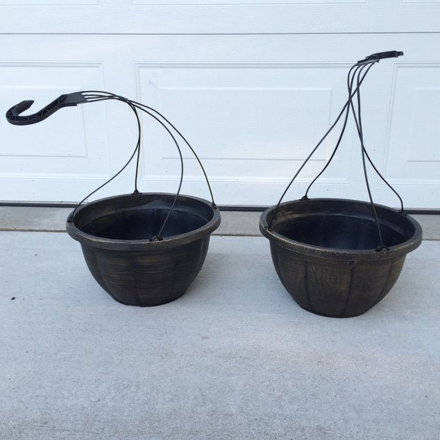 How To Make Your Cheap Plastic Planters Look High-End