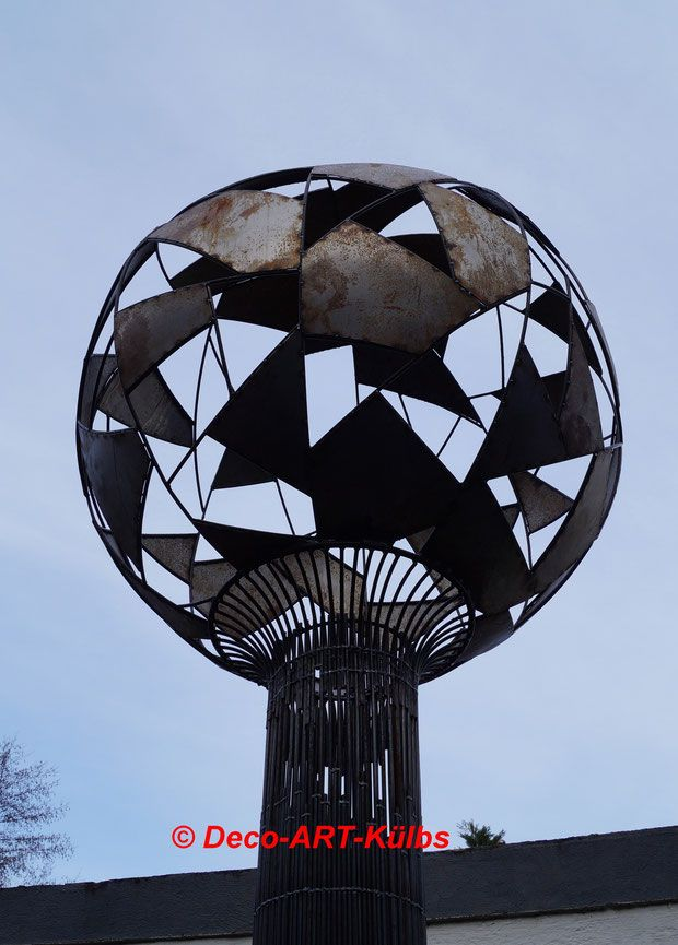 Skulptur aus Rundstahl und Stahlblech.   Gartendekoration   Pinterest