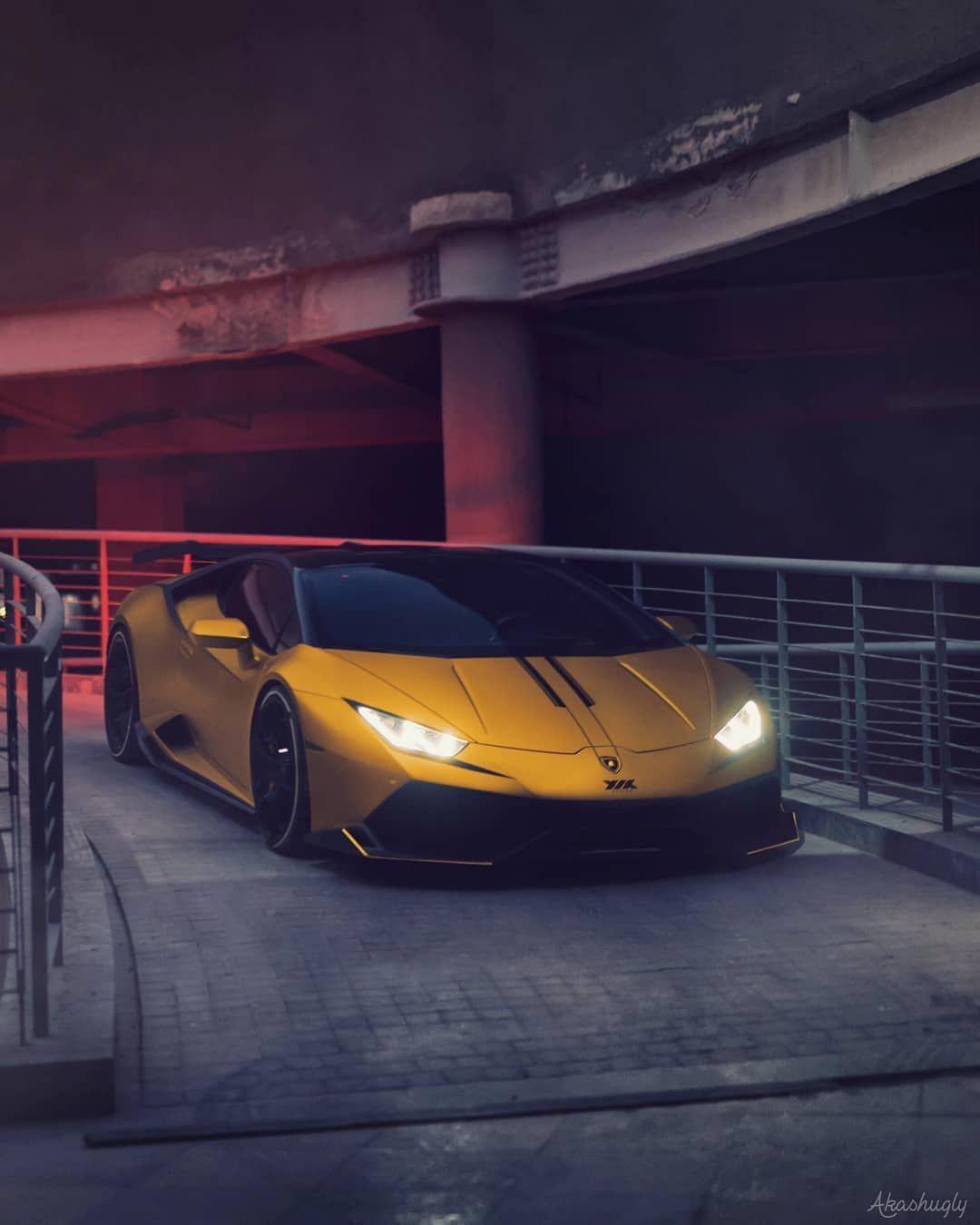 Dangerous Huracan Encounter Follow Supercarsbuzz For More Credits Akashugly Lamborghini Huracan Lamoborg Sports Car Lamborghini Sports Cars