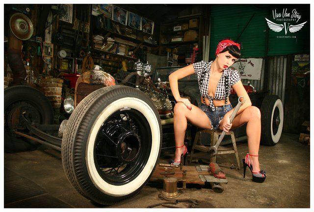 vintage nud car pinups