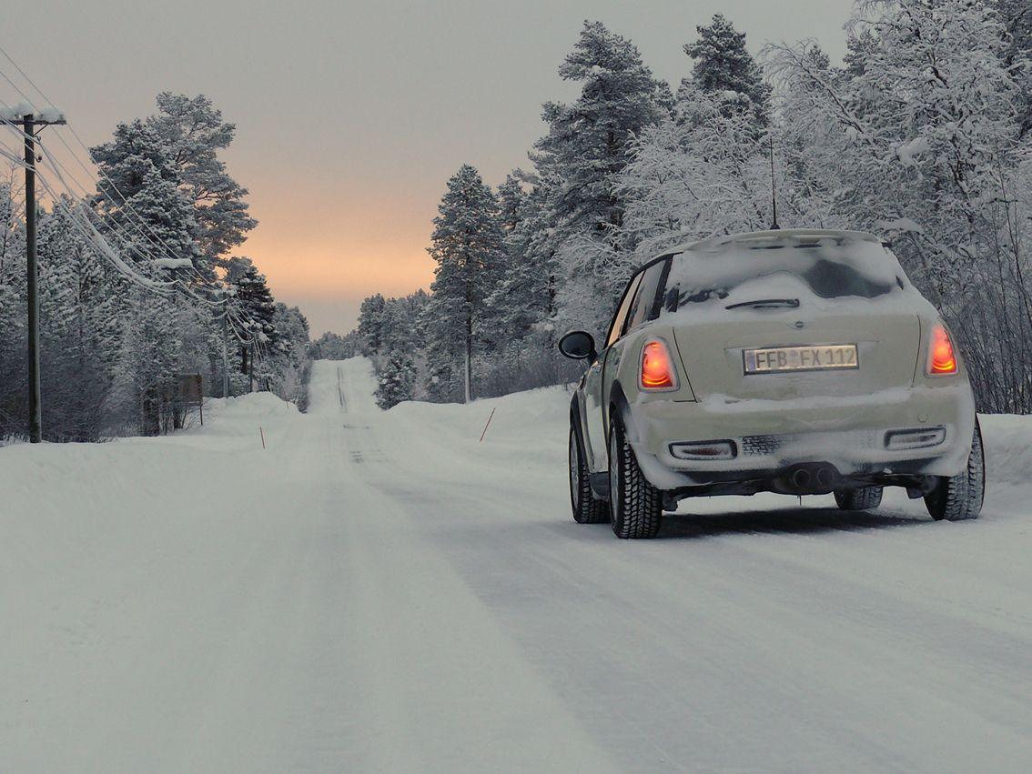 Es ist ein langer kalter Weg. Die lange Fahrt: München - Lemmenliekki am Lemmenjoki