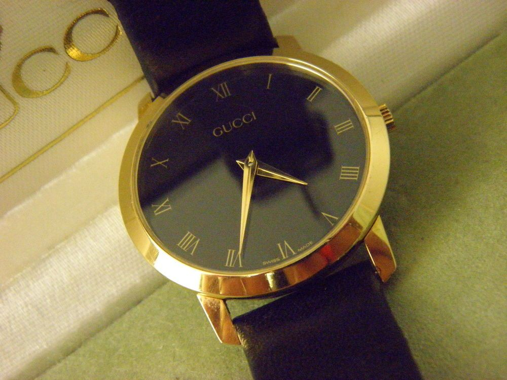 c80e67a593c Vintage Ladies Swiss Made Black Gucci 2200 M Watch.  Gucci  Dress ...