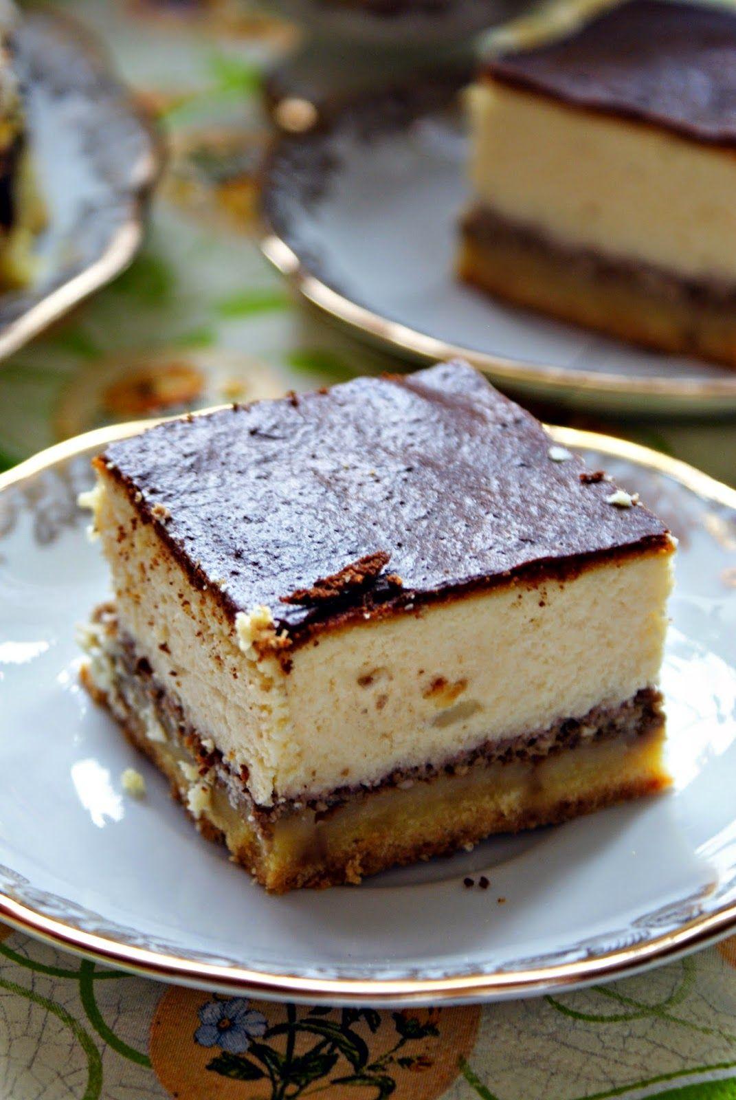 Zapewne zdążyliście zauważyć, iż sernik to jeden z moich ulubionych ciast. Przeważnie pojawia się na moim stole w wersji klasycznej, jedn...