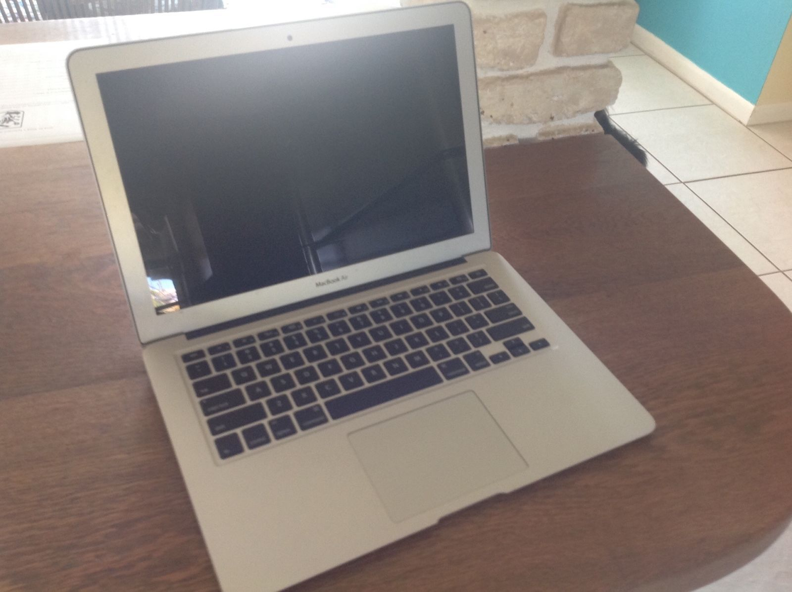 Busted Apple Macbook Air 13 Inch Early 2014 Deals Pinterest