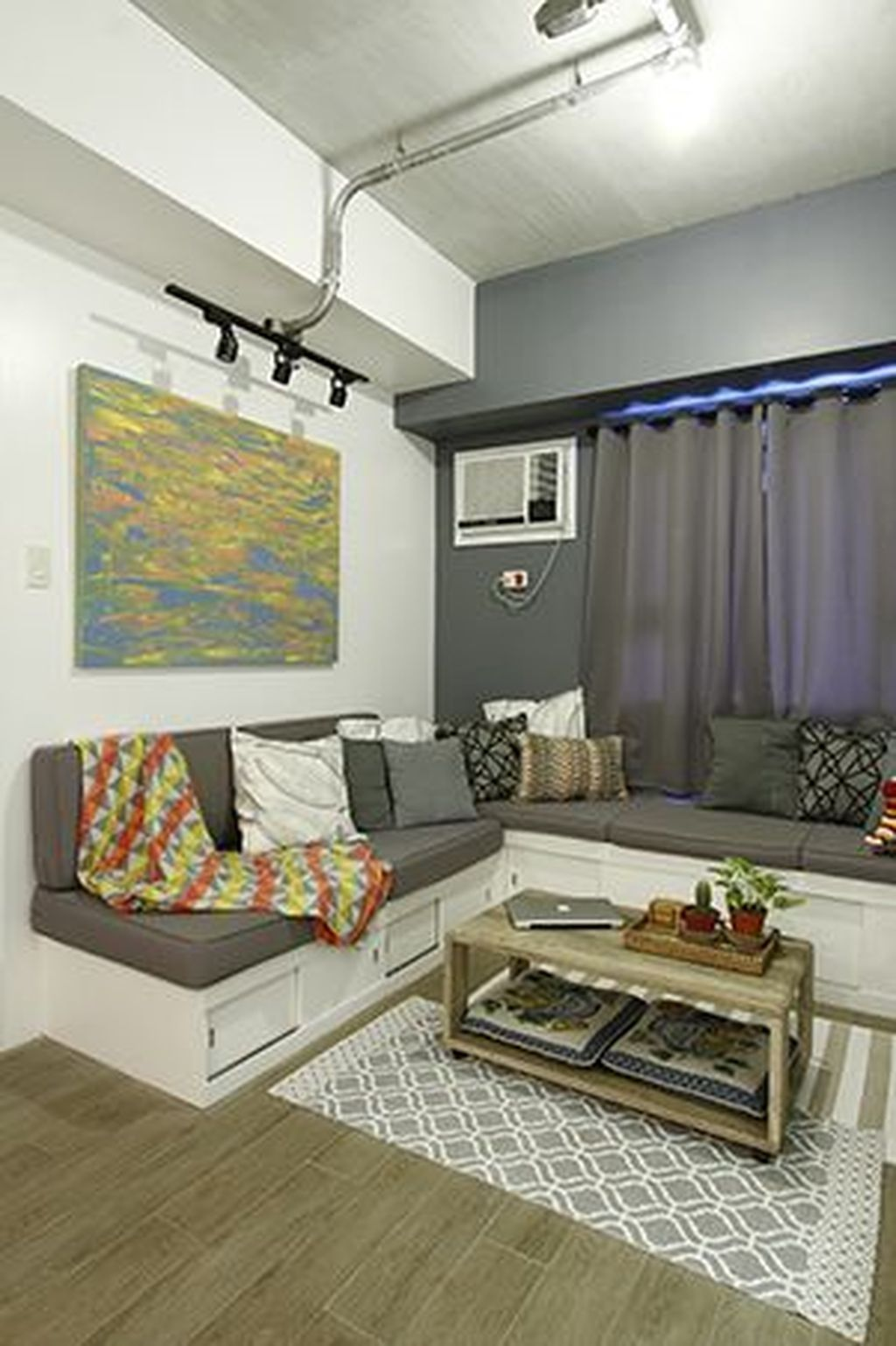 45 Best Abstract Painting Ideas To Decorate Small Space Condo