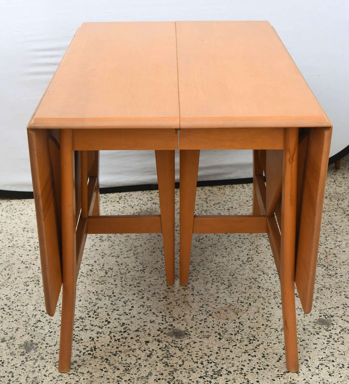 Maple Heywood Wakefield Drop Leaf Dining Table Six Chairs Two Leaves 1950s