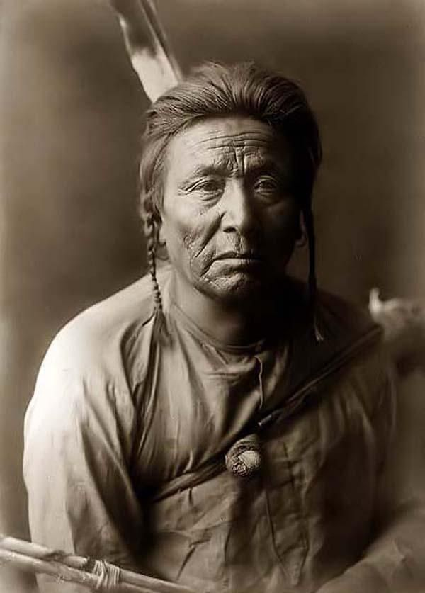 Native American Cheekbones Makeup - Mugeek Vidalondon  Native American Indian Cheekbones