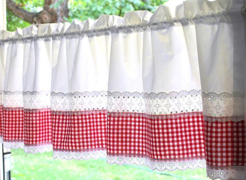 Frauapfelbluete Designerstck Romantisch Gardinen Landhaus Gardine Kariert Dawanda Wei Rot Ein Von Beigardinen Gardine In 2019 Home Decor Valance Curtains Design