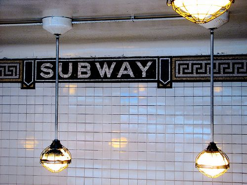 Azulejo metro ny tile baldosas azulejos ceramica - Azulejo de metro ...