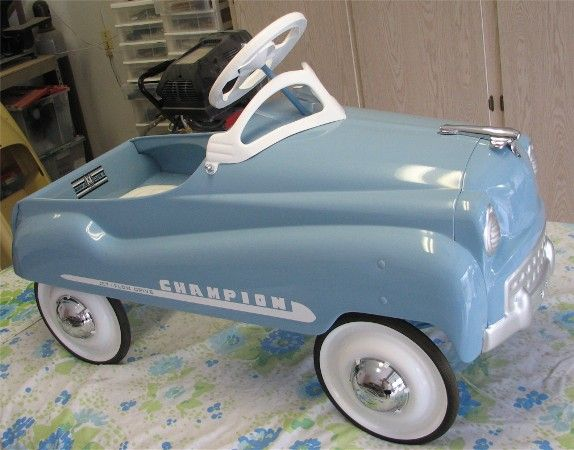 Vintage Pedal Car. (Restored)...ours is rusting into the ground out in the shed (((sigh)))