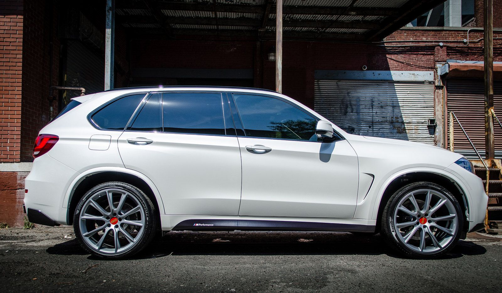 Alan S Photoshoot Mineral White F15 With Images Bmw X5 M