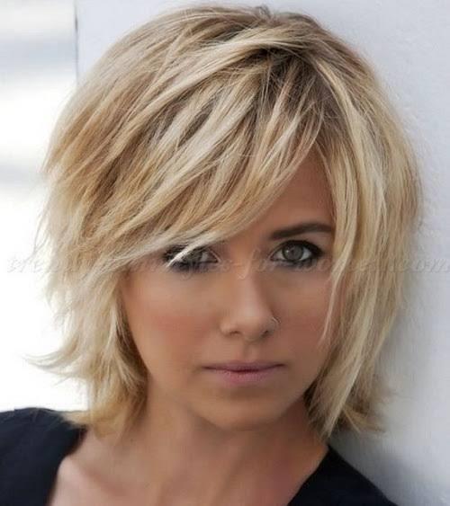 2017 Medium Short Sassy Layered Haircuts Short Hair Haircuts Medium Hair Styles Thick Hair Styles