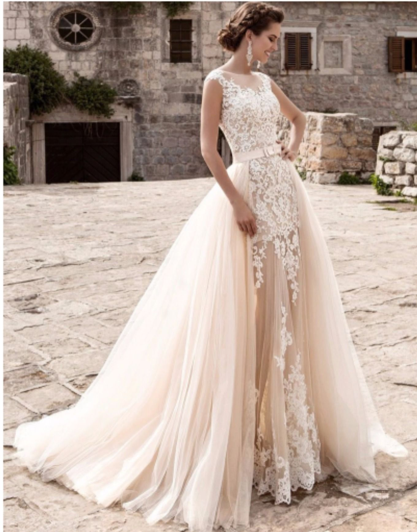 Charming mermaid bridal gown with detachable skirt in 2020