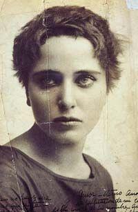 MÉXICO, D.F. (Proceso).- A la memoria de Ciprián Cabrera Jasso Si la Ciudad de México pudiera simbolizarse en una mujer la elegida sería Carmen Mondragón (Nahui Olin, 1893-1978). Carmen Mondragón e...