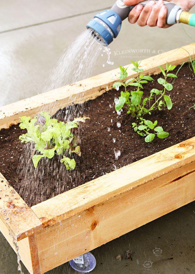 10 Free Raised Planter Box Plans In 2020 Planter Boxes 400 x 300