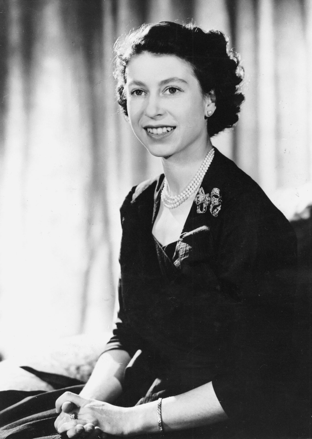 Elizabeth II Biography, Family, Reign, & Facts Young