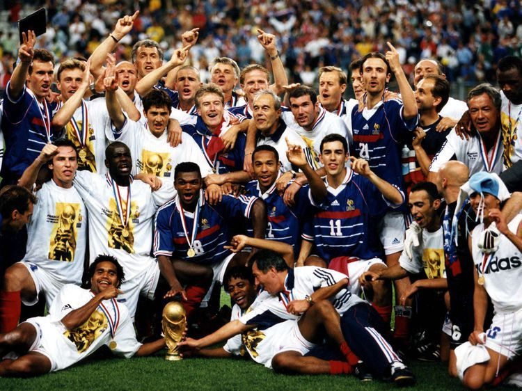 Épinglé sur France 1998