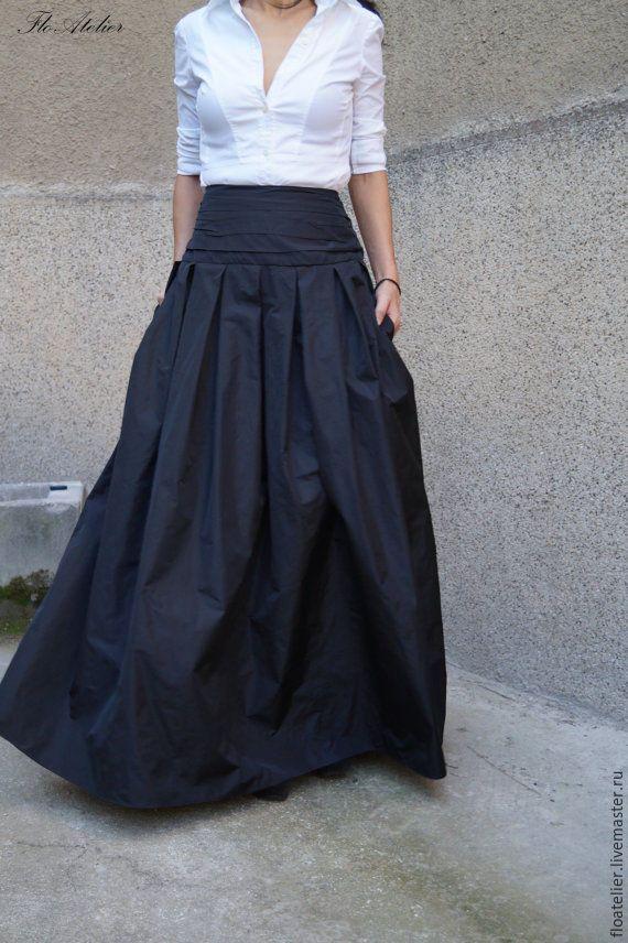 Купить или заказать Длинная юбка ''MAXI'/ Черная юбка/ F1190 в интернет-магазине на Ярмарке Мастеров. Длинная модная юбка с эластичным поясом.Очень удобная, добавляет элегантность.Можно носить с пятками или высокой обувью. Удобна и для повседневной жизни.