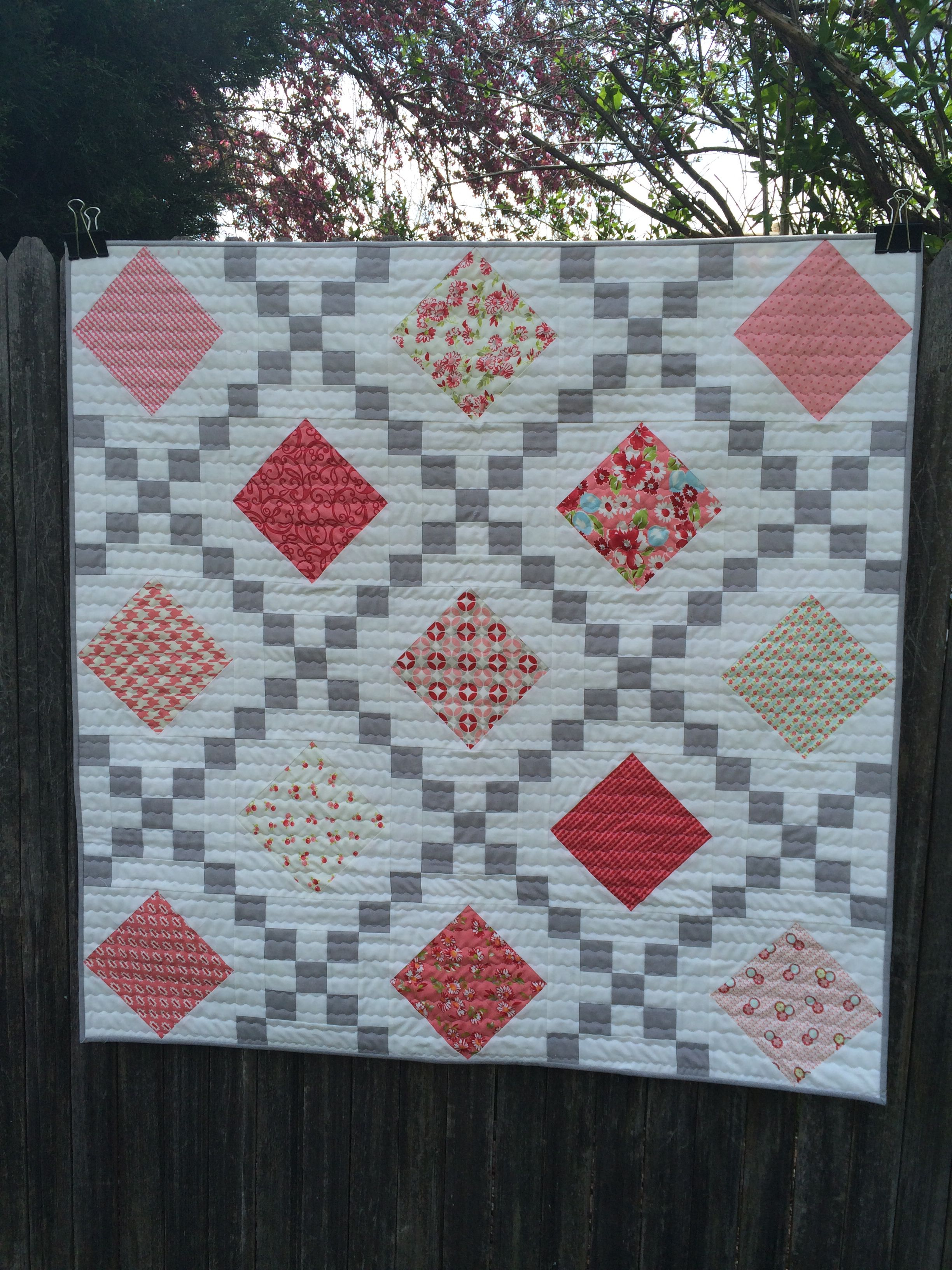 Quilt tutorial! Jenny teaches you how to make an Irish chain quilt ... : dessert roll quilt patterns free - Adamdwight.com