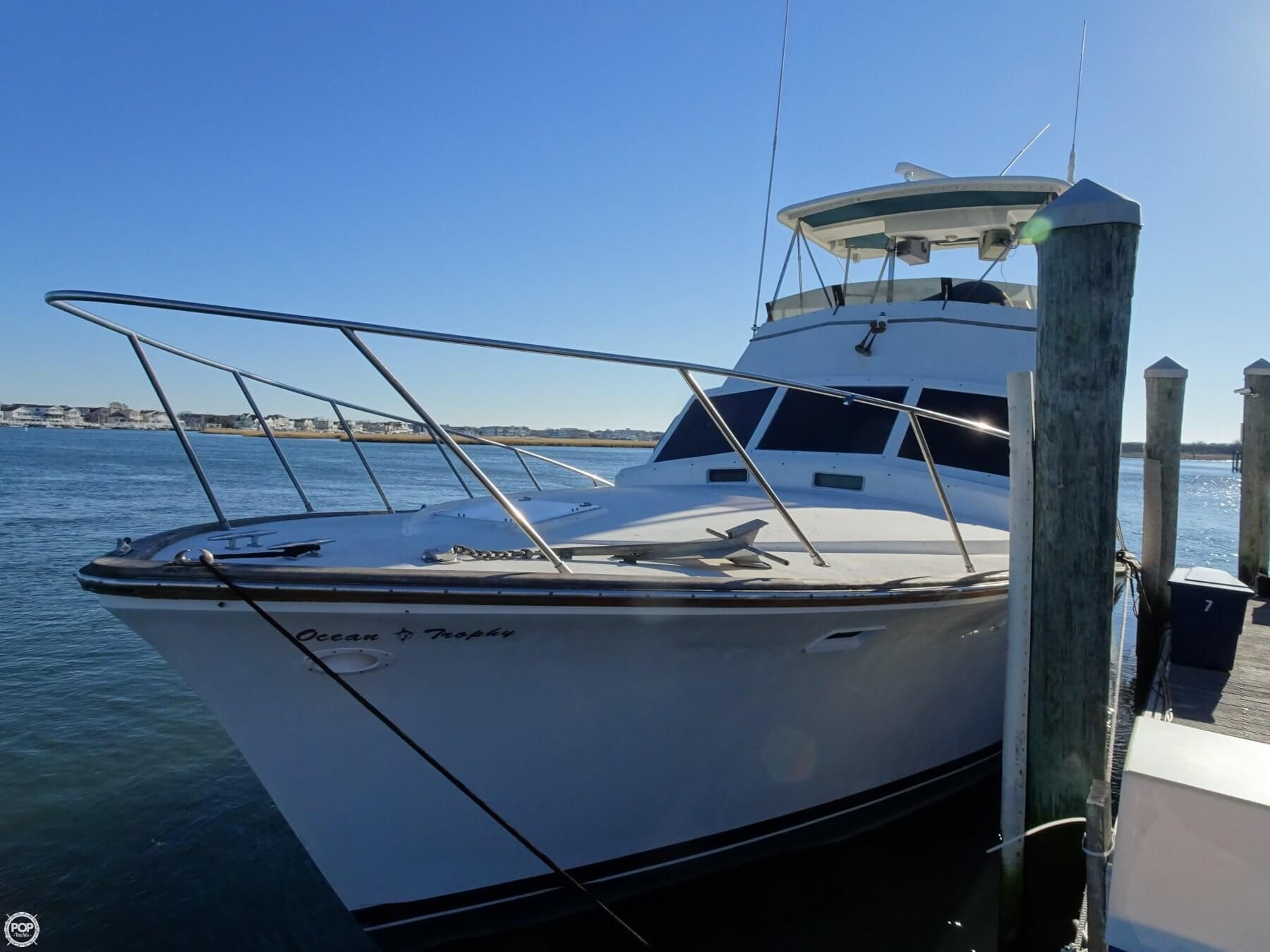 Ocean Yacht Sportfish! Great boat for fishing and luxury