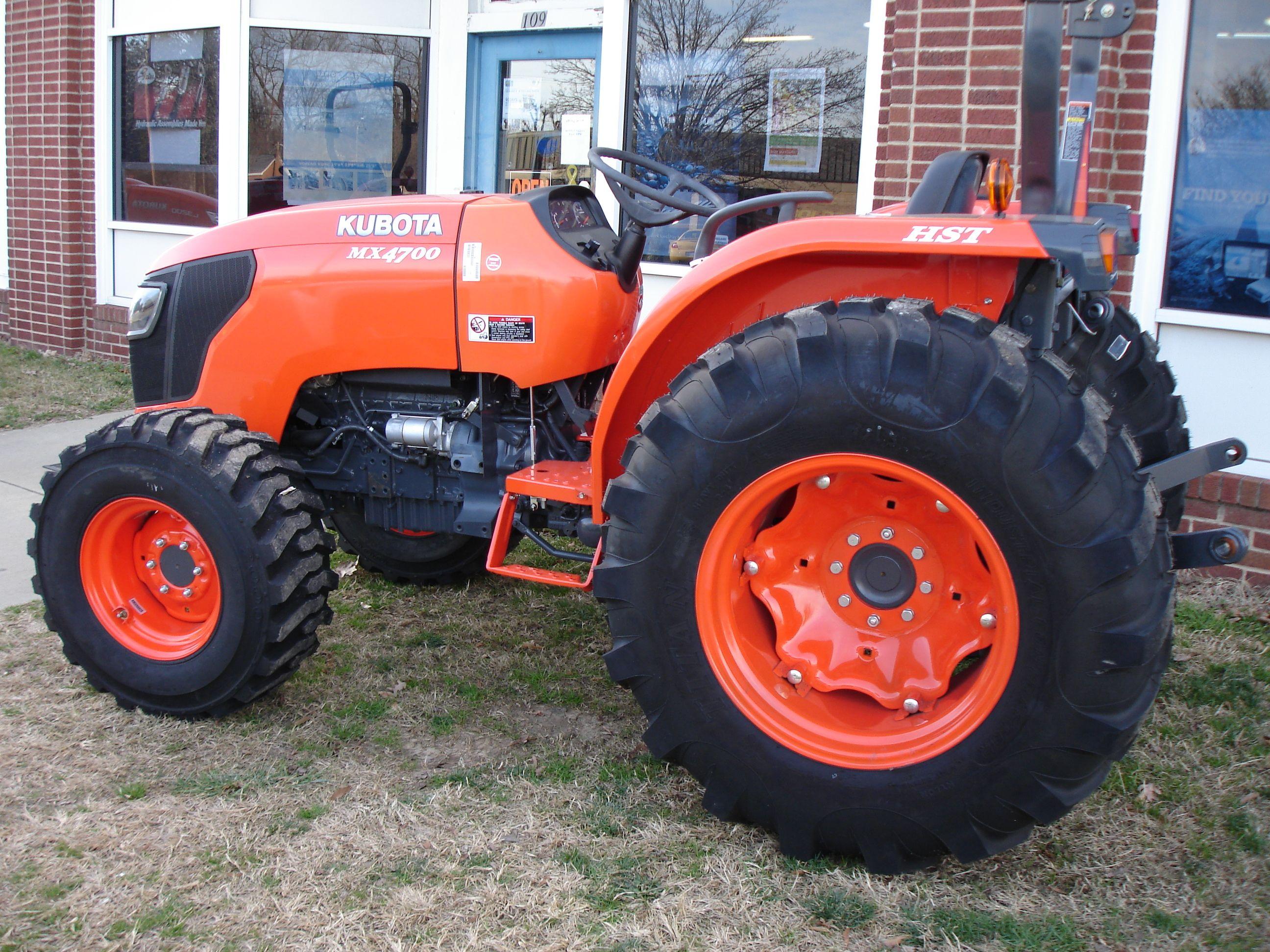 Kubota Mx4700 HST Tractor Implements, Kubota, Tractor