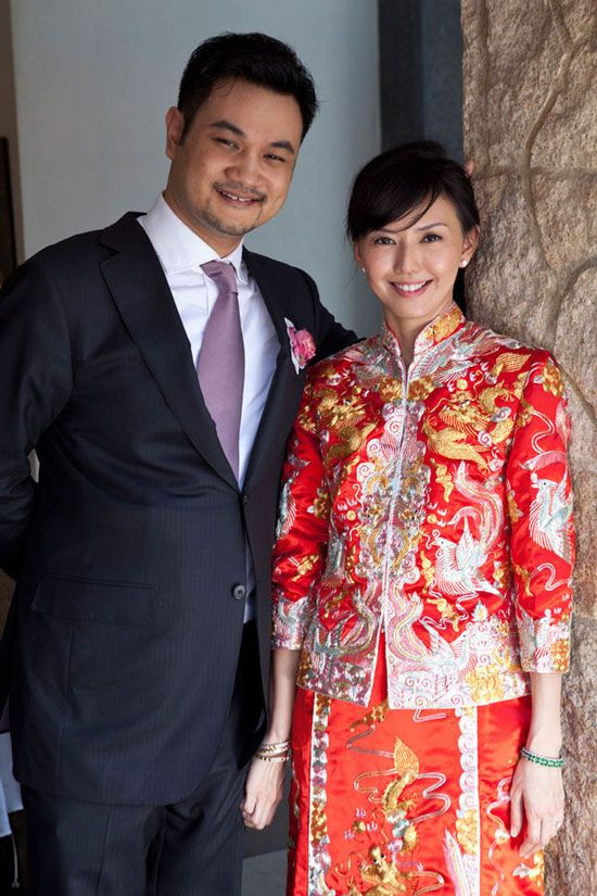 Singapore Chinese Wedding Tea Ceremony Famous Singer Stefanie Sun The Bride Wearing
