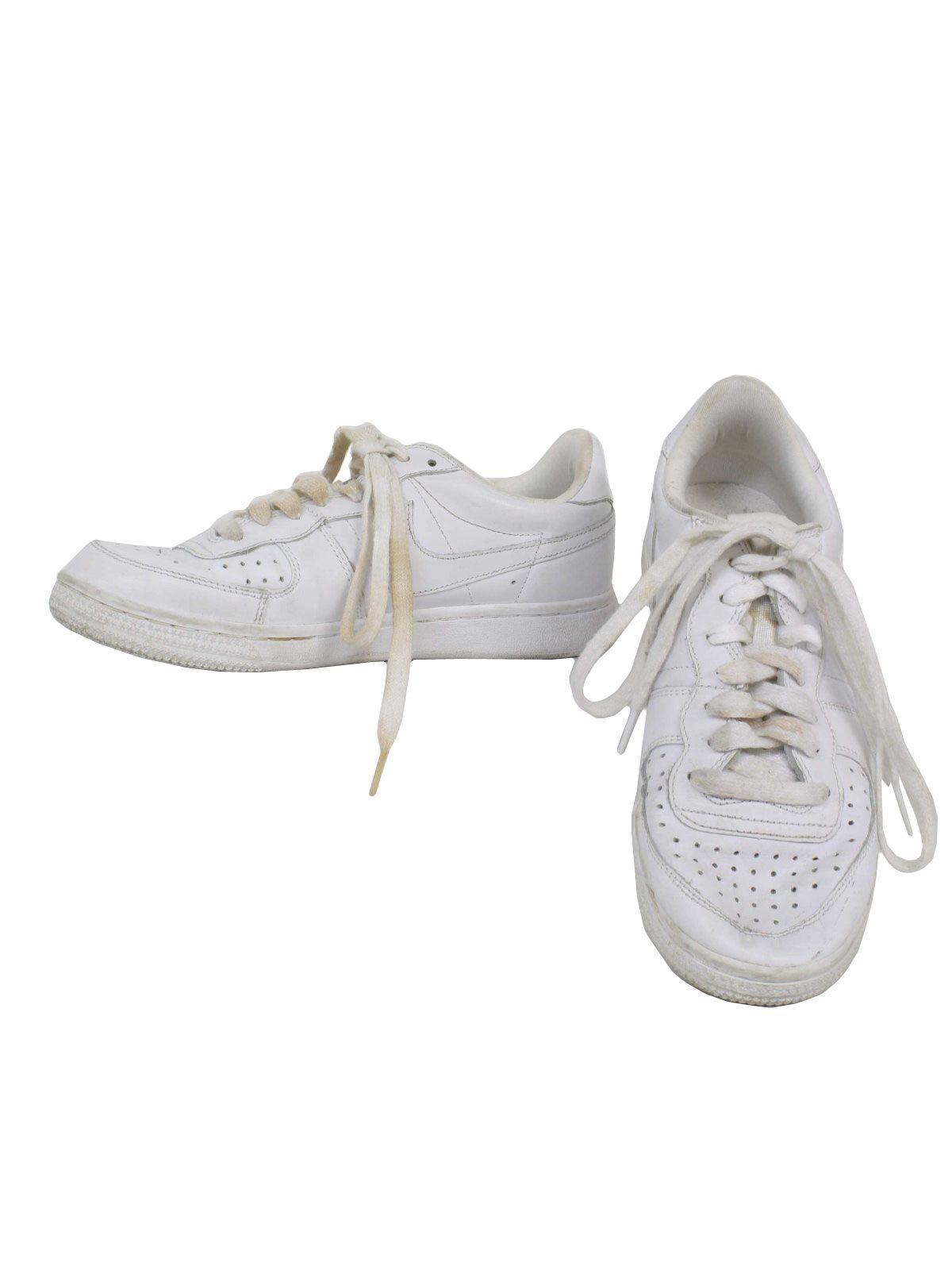 nike super lawn tennis shoes nike