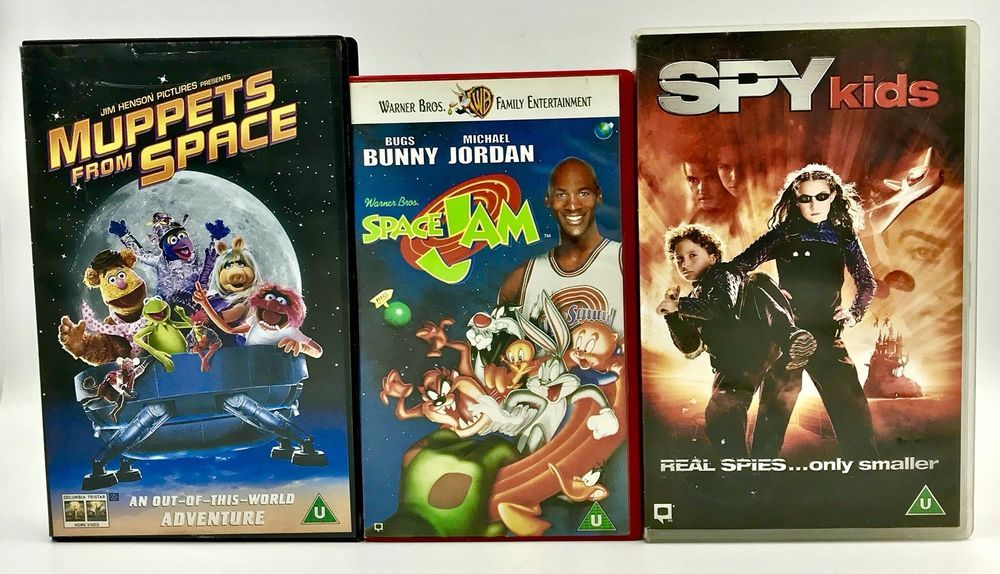 Vhs Video Tape Bundle X3 Space Jam Spy Kids Amp Muppets From Space Kids Movies Vgc Spy Kids Kids Movies Muppets