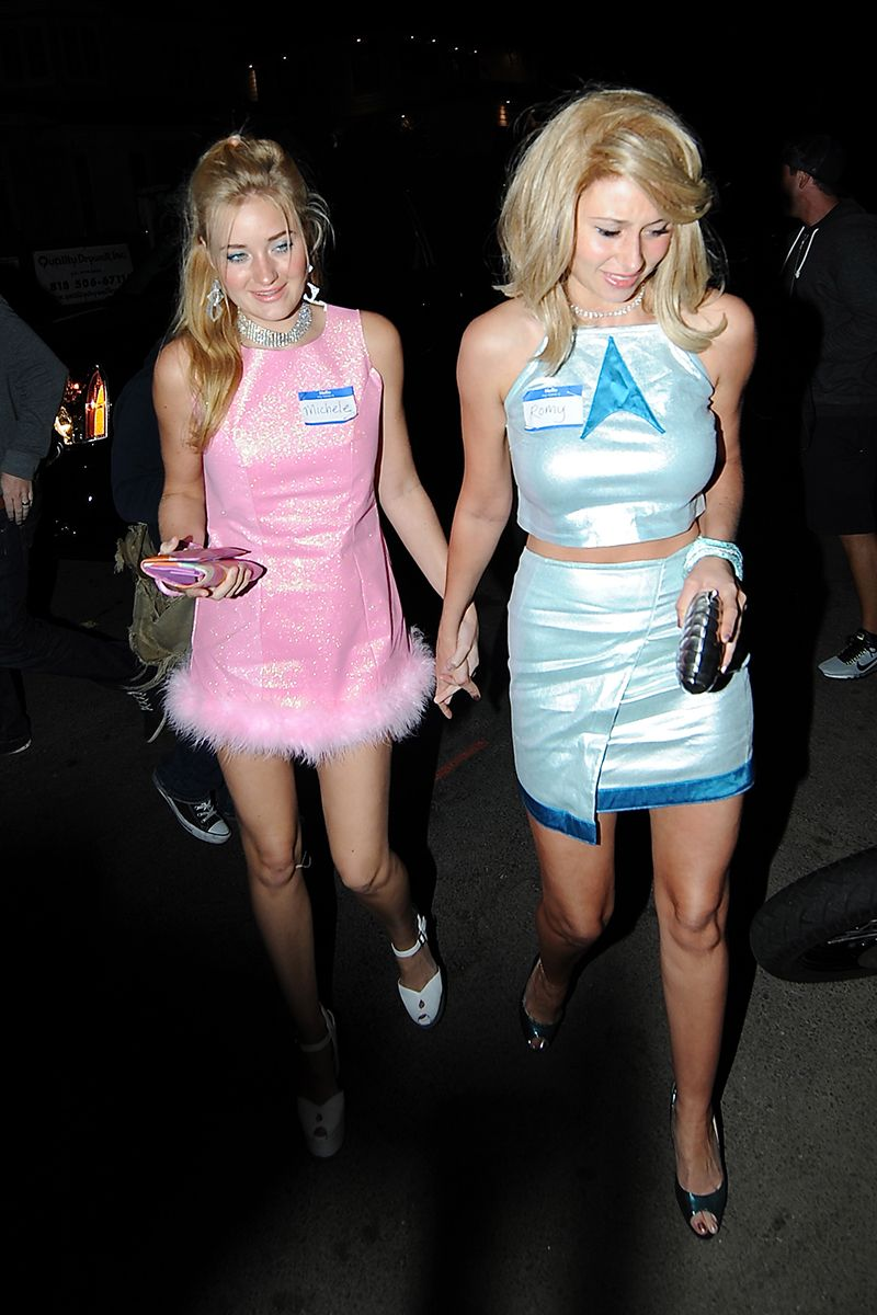 aj michalka and aly michalka as michele and romy from romy and micheles high school reunion - Romy And Michelle Halloween Costumes