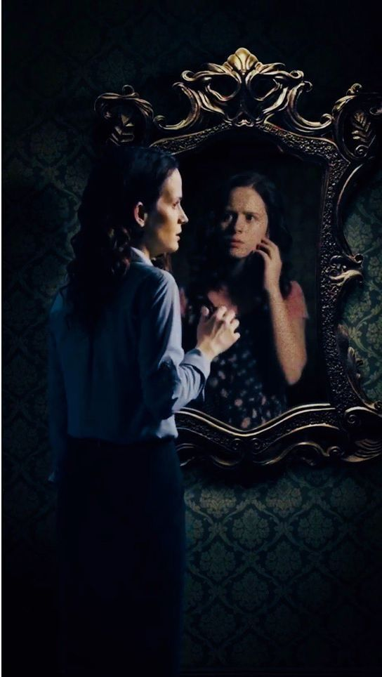 The BentNeck Lady Examining The Haunting of Hill House's