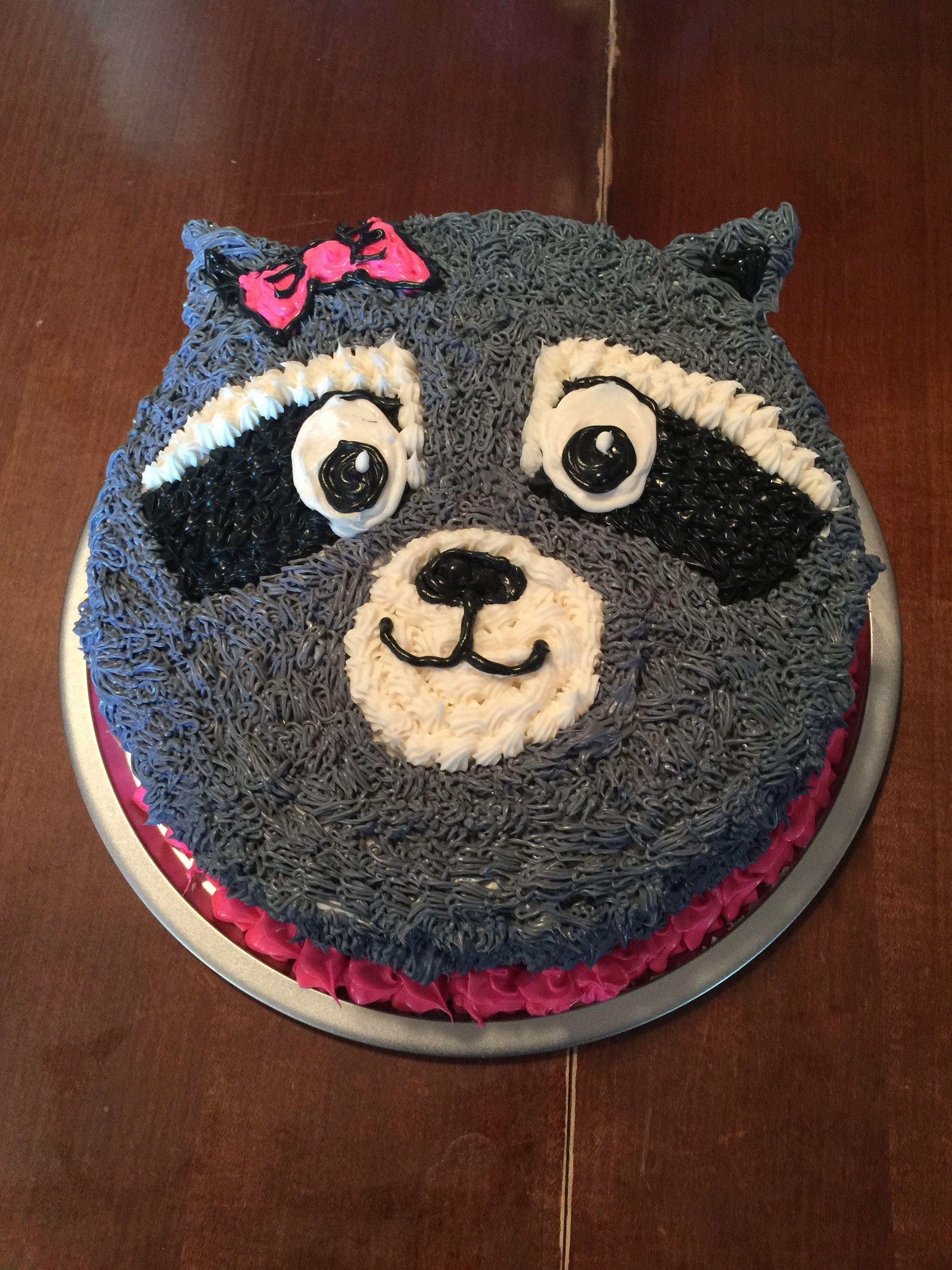 Raccoon Cake In 2019 Birthday Cake Cake Cake Decorating