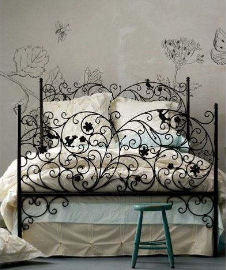 Wrought-iron fairytale bed