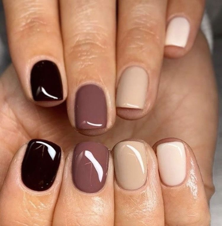 Pin By Yesenia Rivera On Manicure In 2020 Nail Colors Trendy Nails Different Color Nails